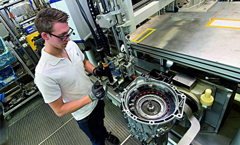 ZF liefert 8-Gang-Automatikgetriebe an BMW
