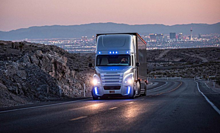 Autonomes Fahren: Daimler Trucks bündelt Aktivitäten