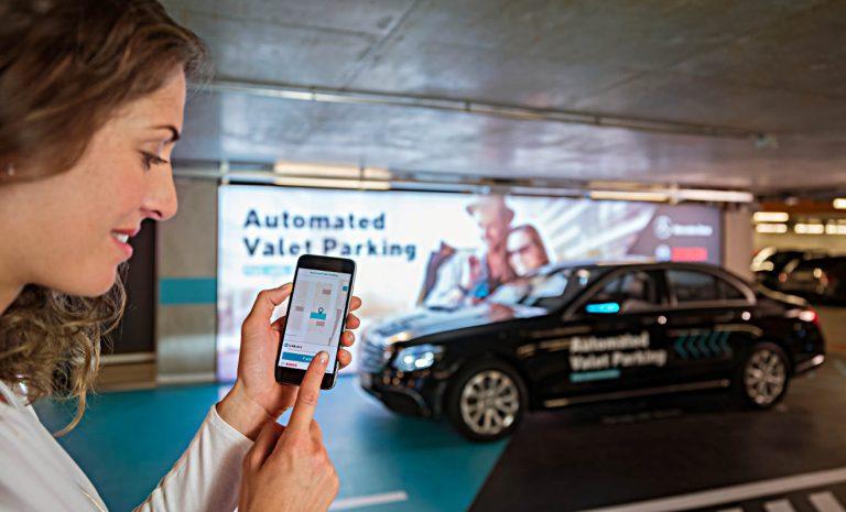 Valet Parking: In Stuttgart parken Autos autonom ein