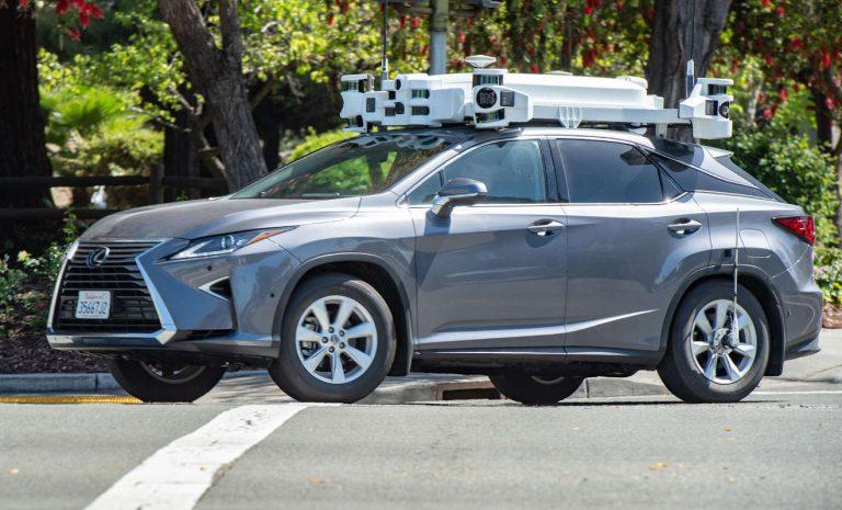 Apple hat Tests mit Roboterautos deutlich reduziert