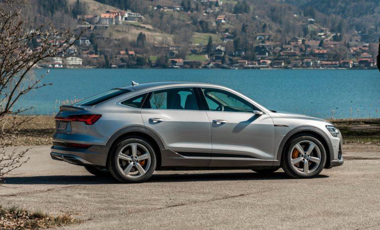 Audi verdoppelt Ladeleistung für Elektro-SUV e-tron
