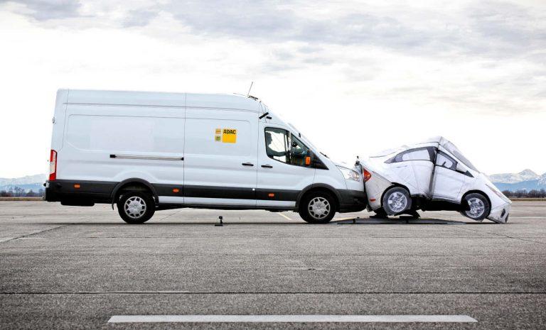 Notbremsassistenten von Transportern mit Schwächen