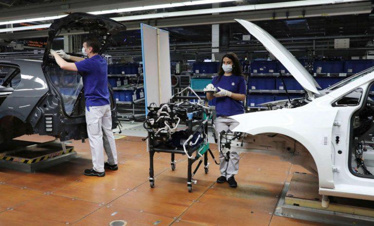 VW startet Autoproduktion schrittweise ab 20. April