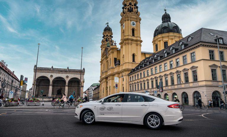 Mobileye testet Roboterautos in München