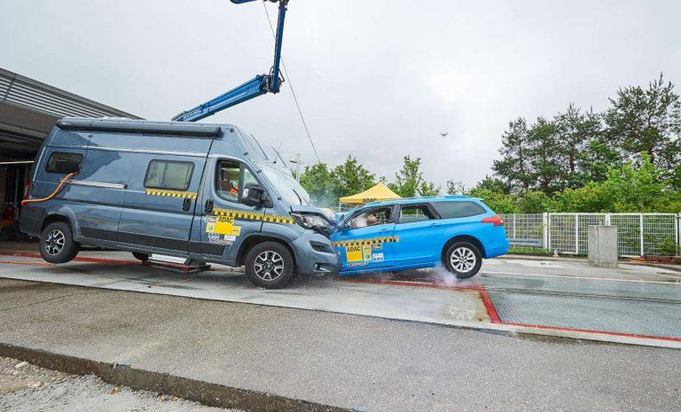 ADAC: Wohnmobile enttäuschen beim Crashtest