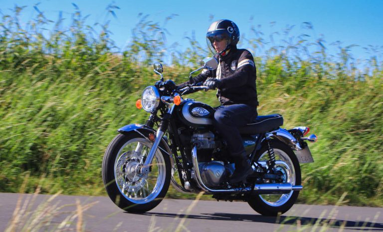 Kawasaki W800: Erinnerungen an die Roaring Sixties