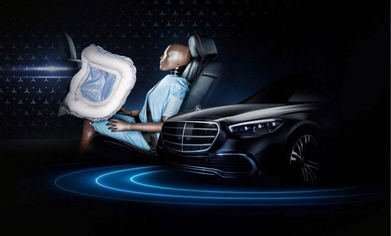 Mercedes S-Klasse: Frontairbag für die Rückbank