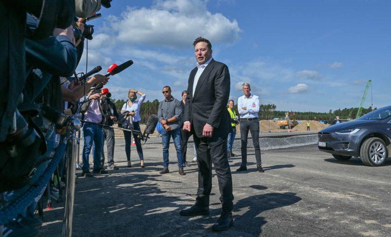 Tesla-Chef Musk: Müssen smarter bei Ausgaben werden