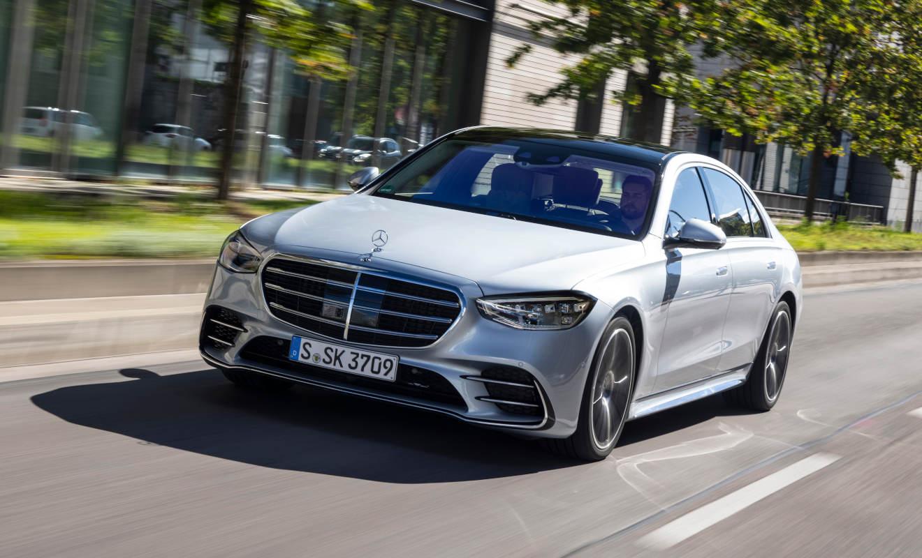 Nachfrage nach Elektroautos wird sich 2021 verstärken ...