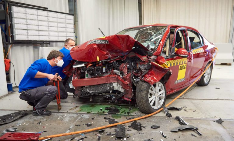 Elektroauto Suda SA 01 versagt beim ADAC-Crashtest