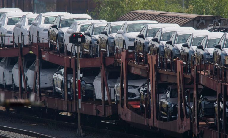 Europas Automarkt bricht um 24 Prozent ein