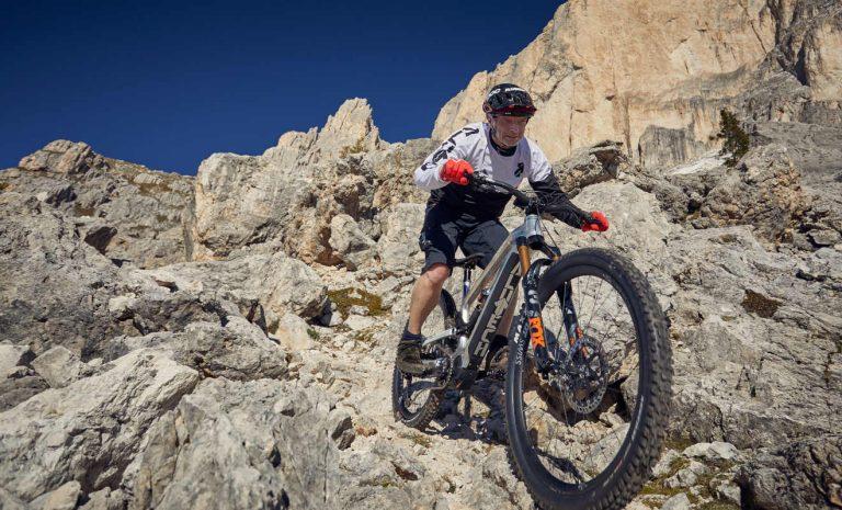 Alutech CNC E-Fanes: E-Mountainbike der Sonderklasse