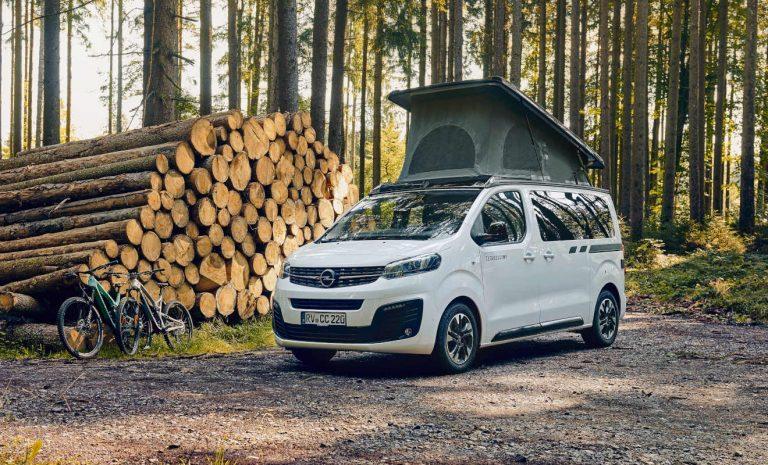 Opel Zafira Life fährt als Alltagscamper vor