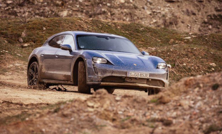 Porsche Taycan Cross Turismo: Einer für alles