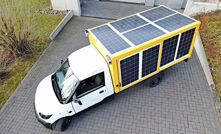 Solarzellen: Streetscooter fährt mit der Kraft der Sonne