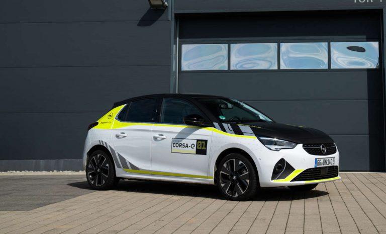 Opel bietet Rally Design Kit für Corsa-e