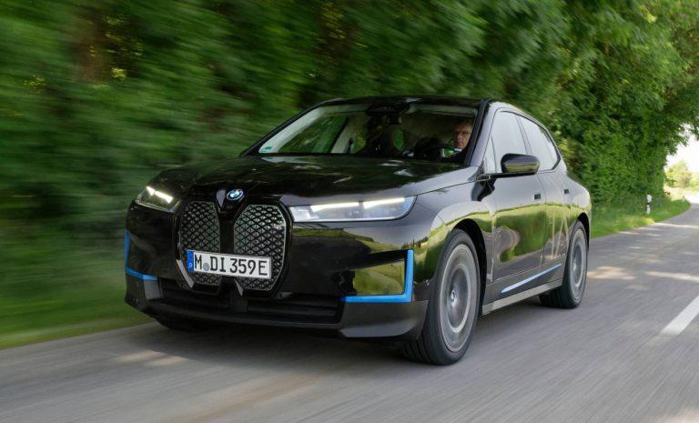 BMW iX: Elektrisches Technologie-Flaggschiff