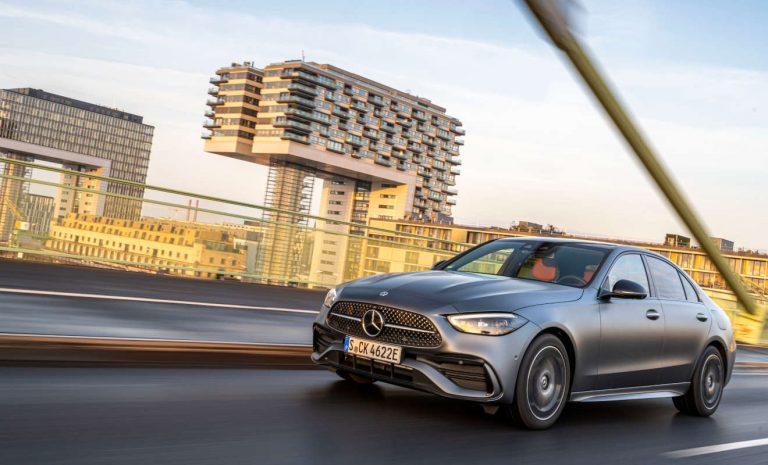Mercedes C 300e: Weit fahren, schnell laden
