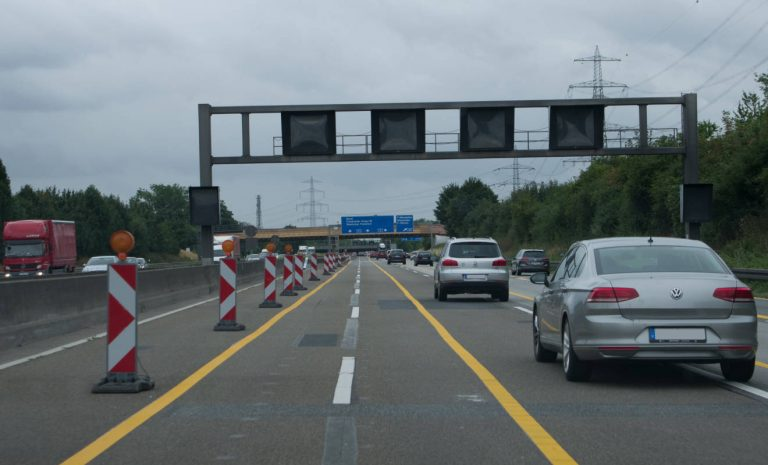 Autobahn-Baustellen: Augen auf und durch