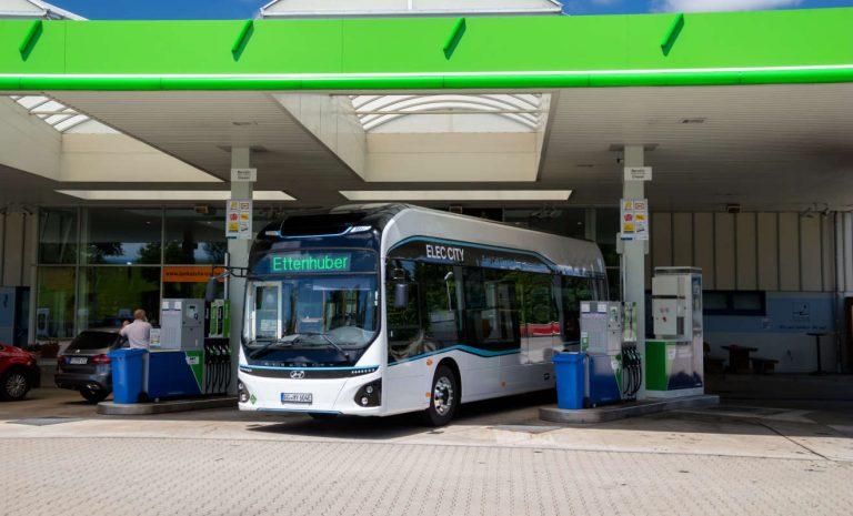 Hyundai testet Wasserstoffbus im Linieneinsatz