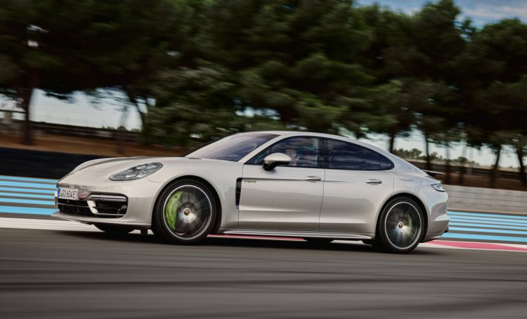 Porsche Panamera 4S E-Hybrid: Flotter Lückenfüller