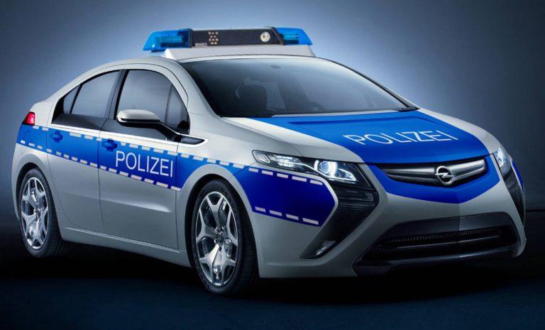 E-Autos bei der Polizei: Mit Batterie und Blaulicht