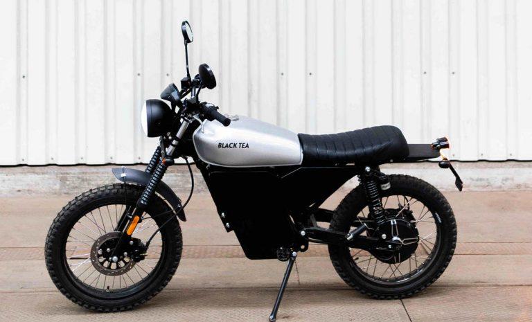 Black Tea Bonfire: E-Moped im Retro-Style