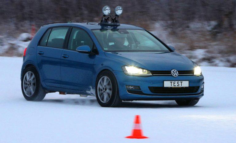 ADAC-Winterreifen-Test: Wer spart, fährt gefährlich