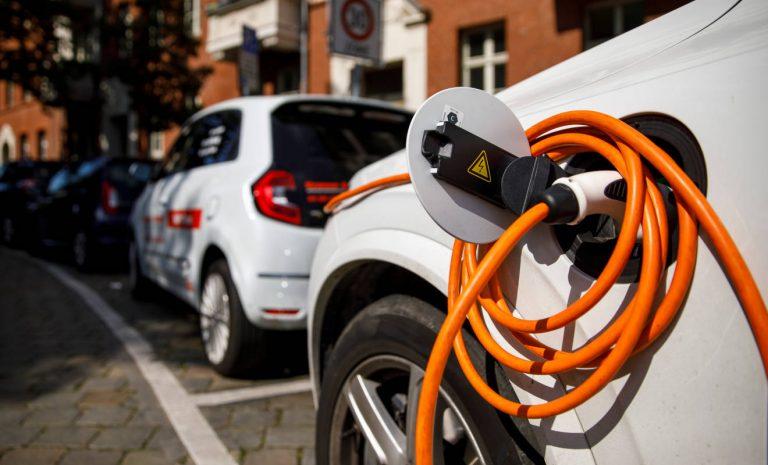 Allianz: Stromer bei Reparaturen teurer als Verbrenner