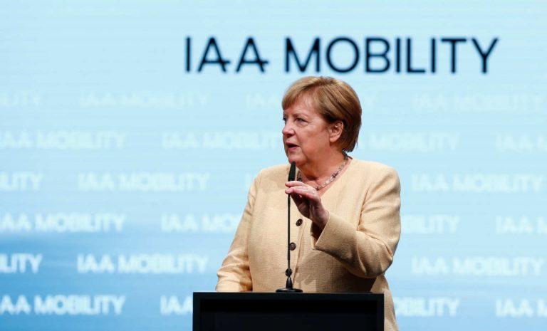 Klimawandel: Autobranche für Merkel Teil der Lösung