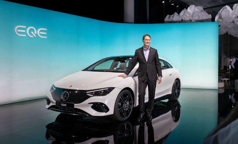 Mercedes EQE: Kleiner Bruder des EQS