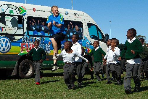 Sporttreiben mit südafrikanischen Schülern