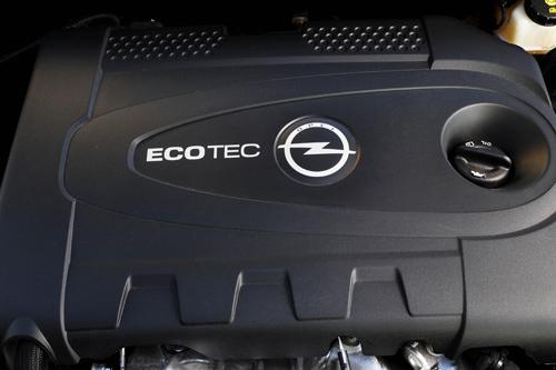 Der 2.0 CDTI im Opel Astra Sports Tourer hat 160 PS