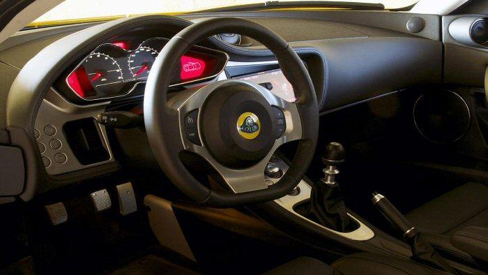 Lotus Evora S Cockpit