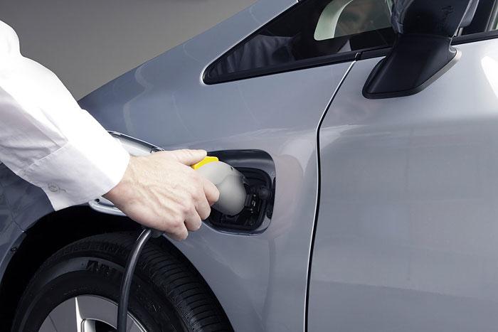 Elektromobilität schafft neue Arbeitsplätze