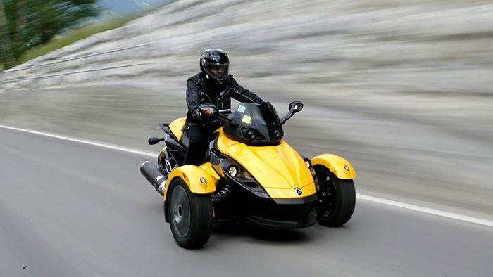 Hybridmotor für Can-Am Spyder Roadster