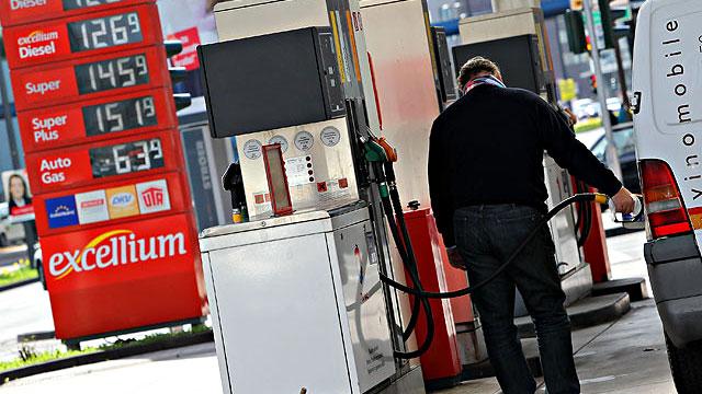 Tankstellenbesuch sonntags am günstigsten
