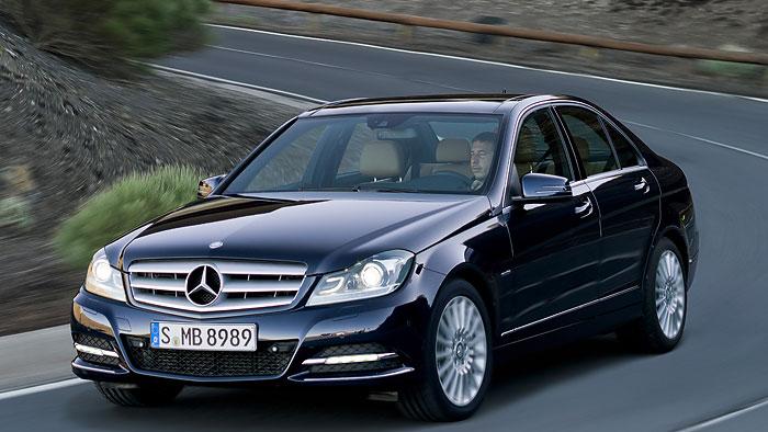Dreifacher Absatzrekord für Mercedes