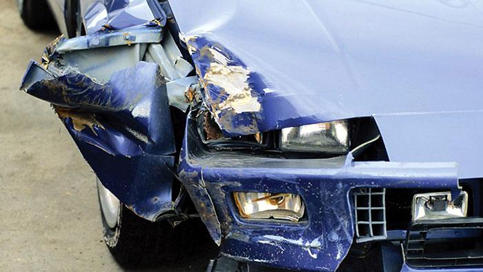 Häufige Mängel an Bremsen und Reifen
