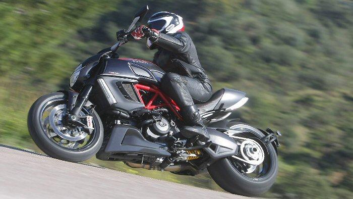 Ducati Diavel: Jenseits aller Konventionen