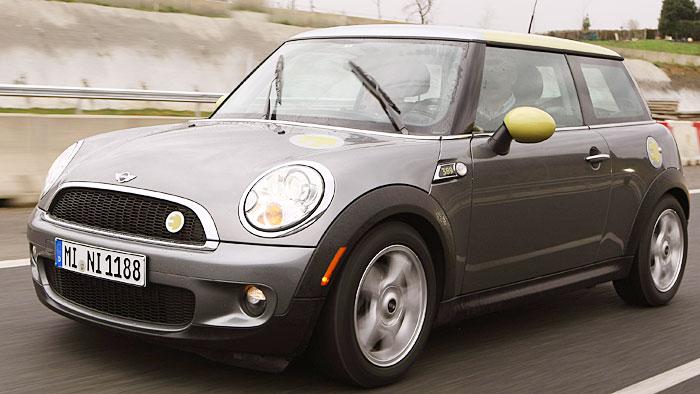 Mini E und der Suzuki Splash überzeugen Tester