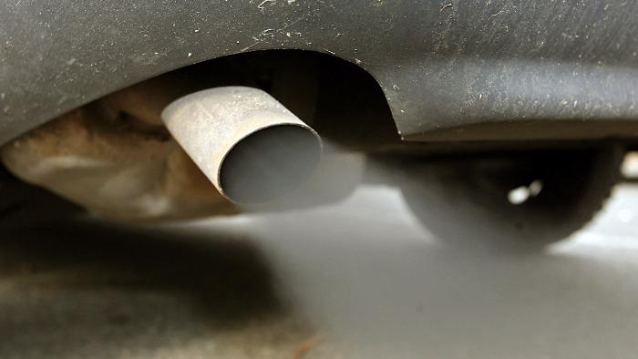 Feinstaub: Das stoßen Diesel und Benziner aus