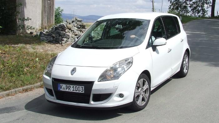 Renault Scenic: Sparmotor schont Urlaubskasse