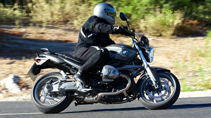 BMW zahlt 1000 Euro für Motorrad-Führerschein