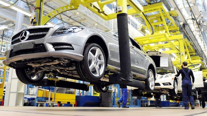 Produktionsanpassung im Daimler-Werk Sindelfingen