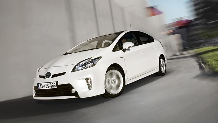 Toyota hebt Jahresziele an