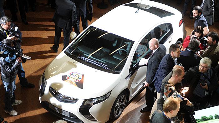 """Opel Ampera und Chevrolet Volt sind """"Auto des Jahres"""""""