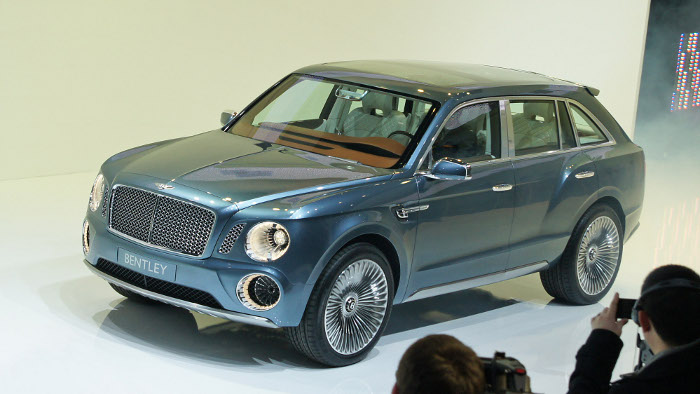 Bentley kündigt Edel-SUV an