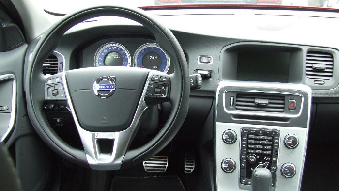 Das Cockpit des Volvo V60