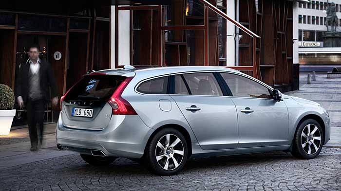 Der Volvo V60 D6 AWD Plugin-Hybrid fährt bis zu 50 Kilometer rein elektrisch